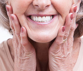 Dr. Edward Fritz Holistic Dentistry Holistic dentistry can provide the best treatment for your dental needs in Mesa